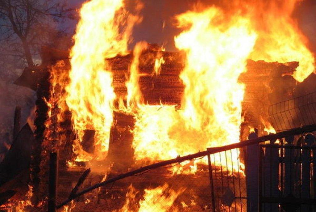 Причина пожара на рынке Ташкента установлена