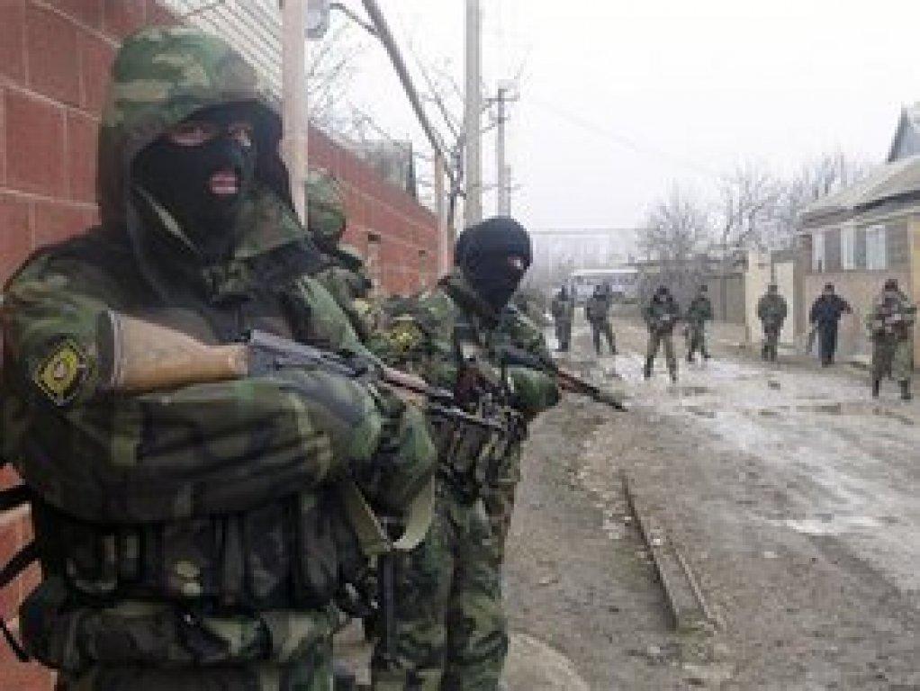 В Чечне задержали 3 молодых людей, планировавших подорвать полицейских